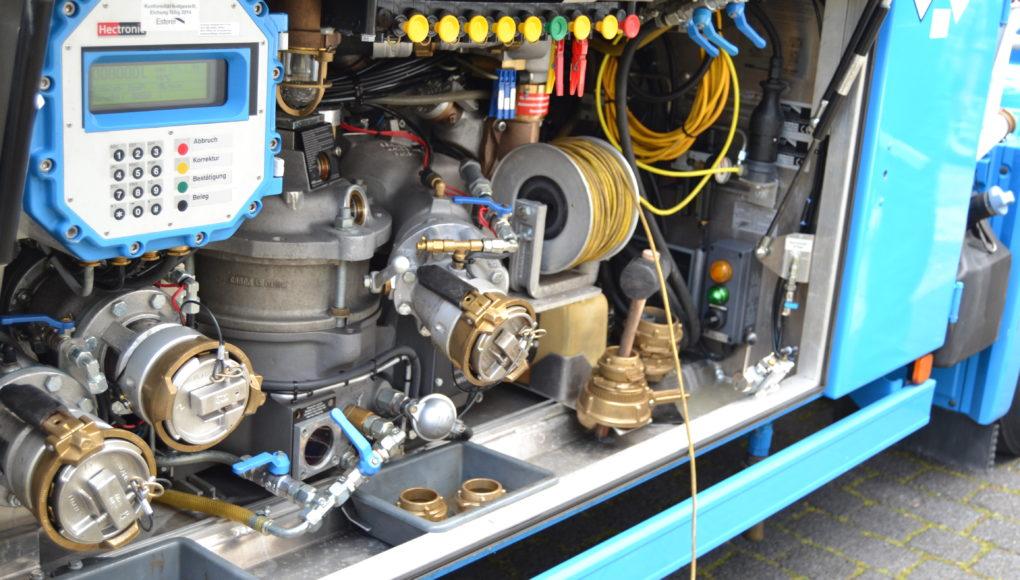 Armaturenschrank Tankwagen